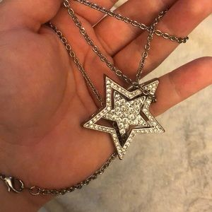 Silver Star necklace 🔥